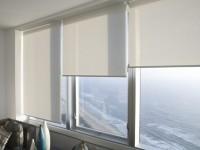 Роликовые шторы в интерьере: ТОП-100 фото идей