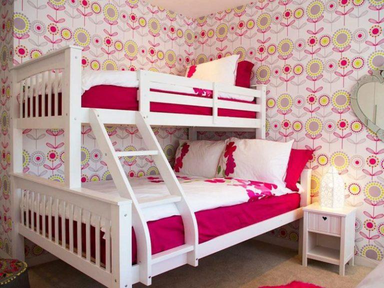 Как украсить двухэтажную кровать