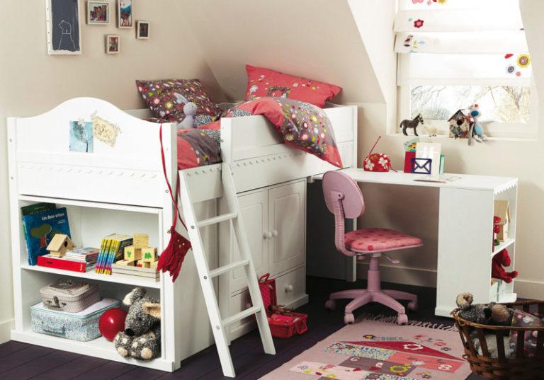 Маленькая комната для девочки своими руками