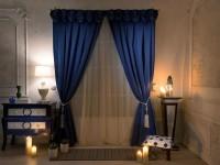 Синие шторы в интерьере — 65 фото для вдохновления